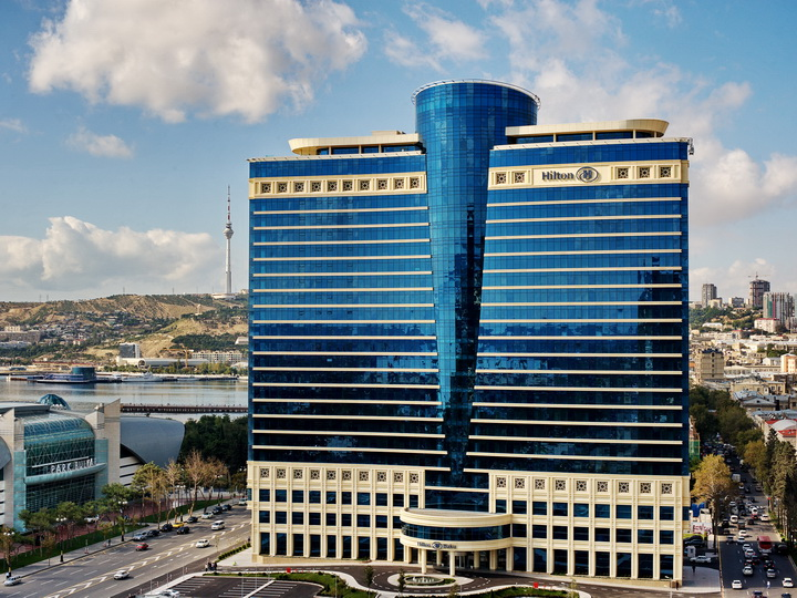 Сюрприз от Hilton Baku команде Baku City Circuit – ФОТО - ВИДЕO