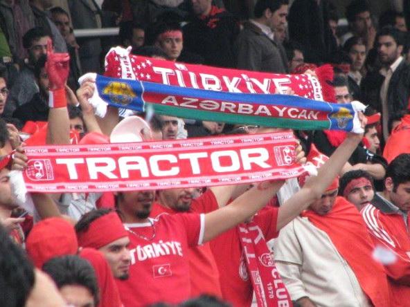 Азербайджанская «Барселона»:  как «Трактор» из Тебриза собирает 100 тысяч болельщиков на свои матчи – ВИДЕО
