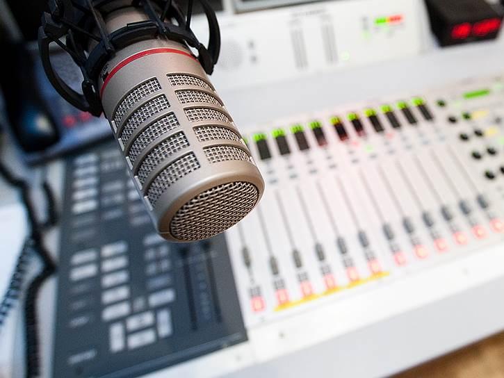 В парламенте выступили за пресечение вещания в республике иранского, армянского и грузинского радио