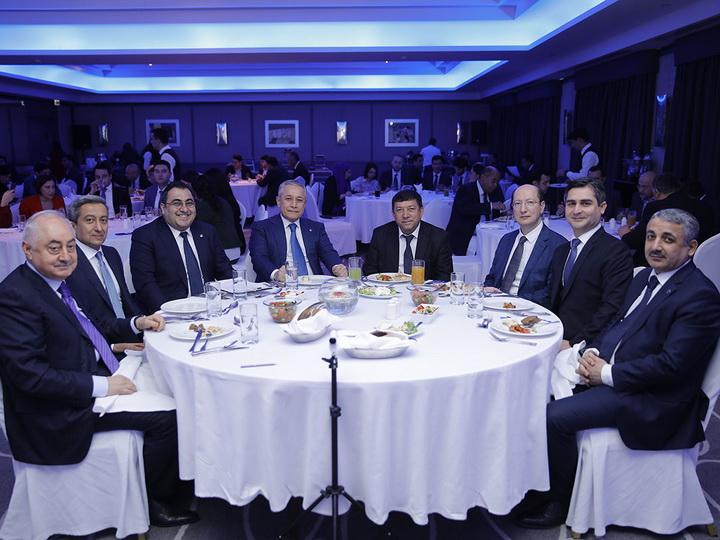 Глава Госагентства жилищного строительства Азербайджана стал почетным гостем CEO Lunch Baku - ФОТО