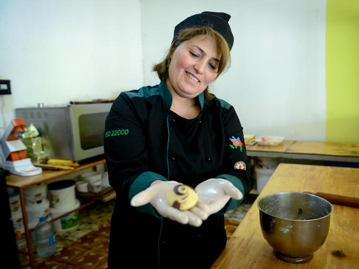 Говхар Хангусейнова и ее пекарня: Все начинается с веры в себя – ФОТО
