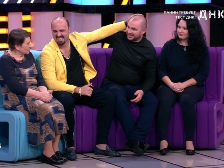 Бакинский шоумен обрел брата в эфире шоу «ДНК» на канале НТВ - ВИДЕО