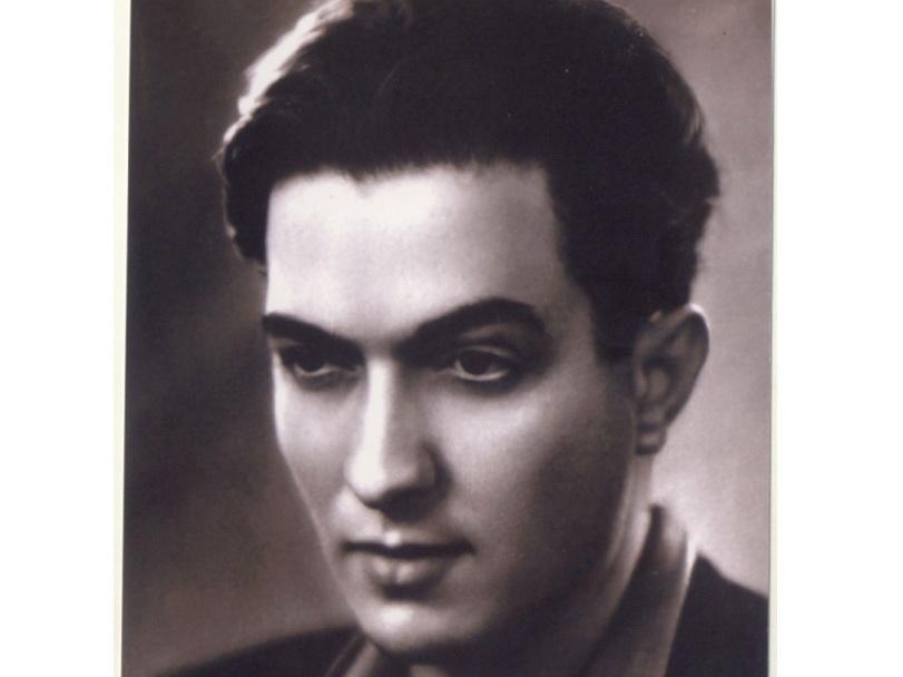 Птица в полете. К открытию выставки Ашрафа Мурада (1925—1979) в Баку - ФОТО