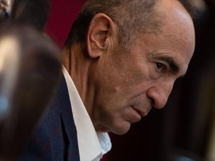 Суд отказался признать Роберта Кочаряна потерпевшим