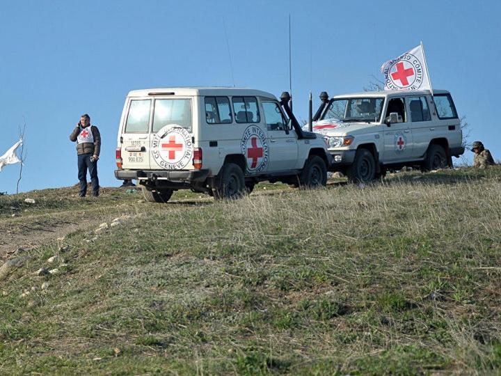 Тело убитого армянами азербайджанского солдата вынесено за линию соприкосновения
