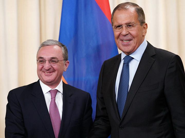 Главы МИД России и Армении обсудили вопросы сотрудничества двух стран