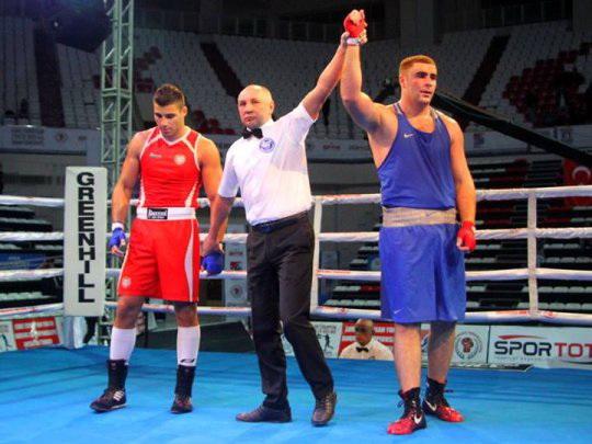 Азербайджанец стал чемпионом Европы по боксу