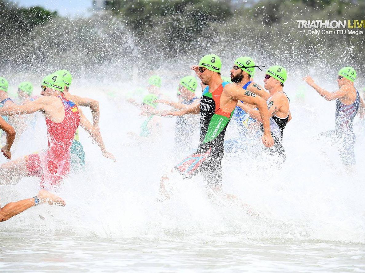 Сборная Азербайджана открыла сезон в Австралии