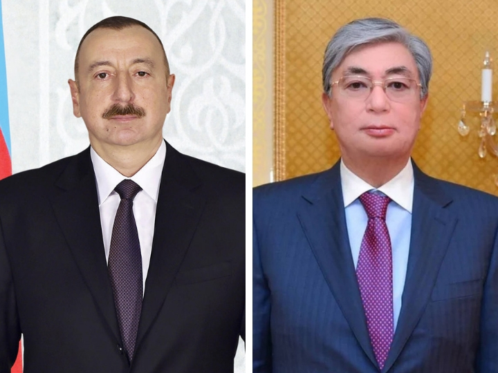 Президент Ильхам Алиев поздравил президента Казахстана