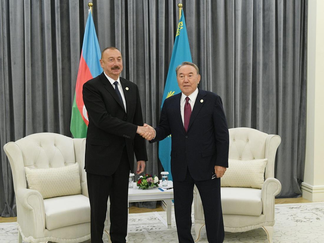 Братские отношения с Азербайджаном будут сохранены и после ухода Назарбаева, уверены в Баку