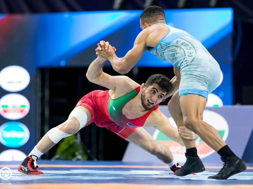 Азербайджанские борцы разгромили армян, и претендуют на три золотые медали чемпионата Европы