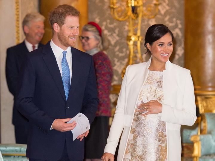 Кенсингтонский дворец сделал неожиданное заявление о предстоящих родах Меган Маркл – ФОТО