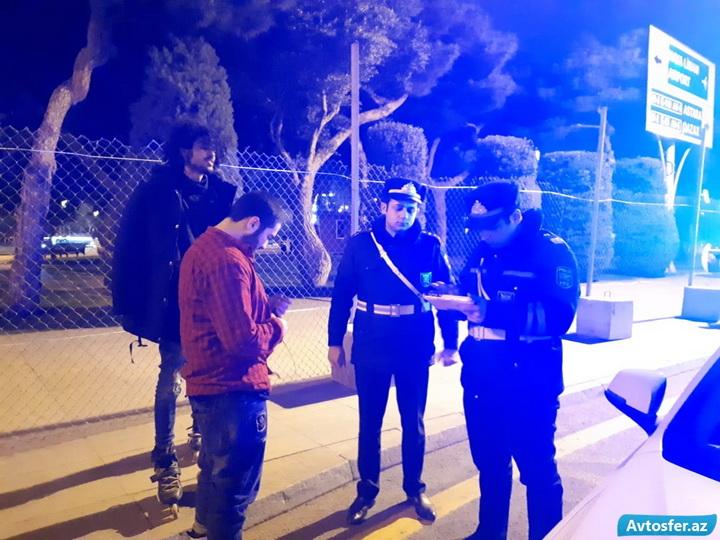 «Смертельное шоу»: В центре Баку парни на роликах устроили опасные гонки - ФОТО - ВИДЕО