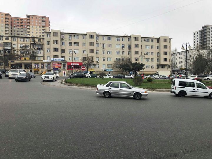 «Чтобы не было пробок»: Два автомобильных круга в Баку меняют облик – ФОТО