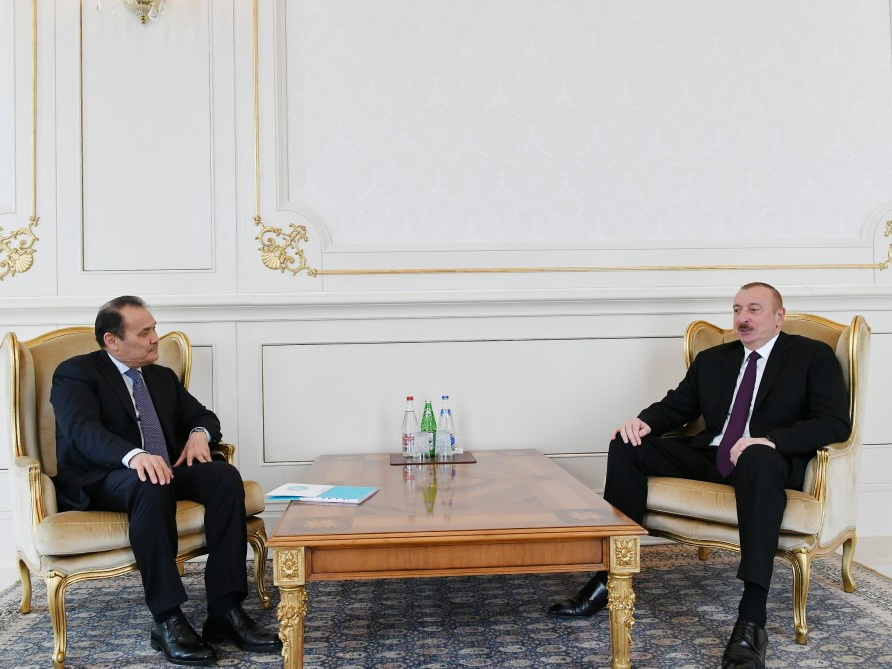 Президент Ильхам Алиев принял генсека Совета сотрудничества тюркоязычных государств
