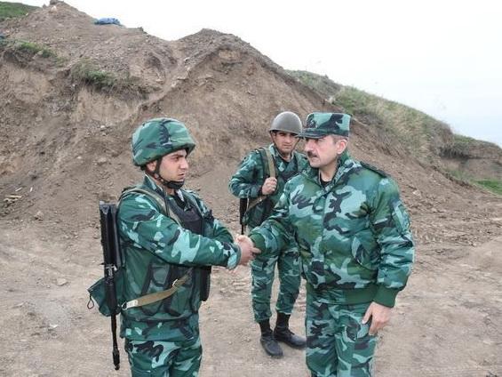 Эльчин Гулиев побывал на границе с Арменией - ФОТО