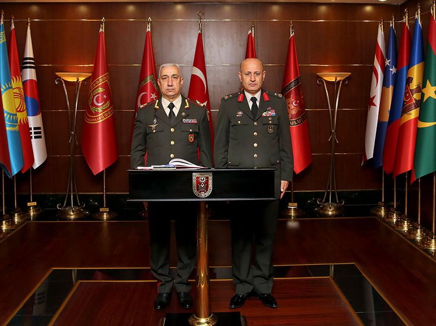 Азербайджан развивает сотрудничество с Турцией в области военного образования – ФОТО
