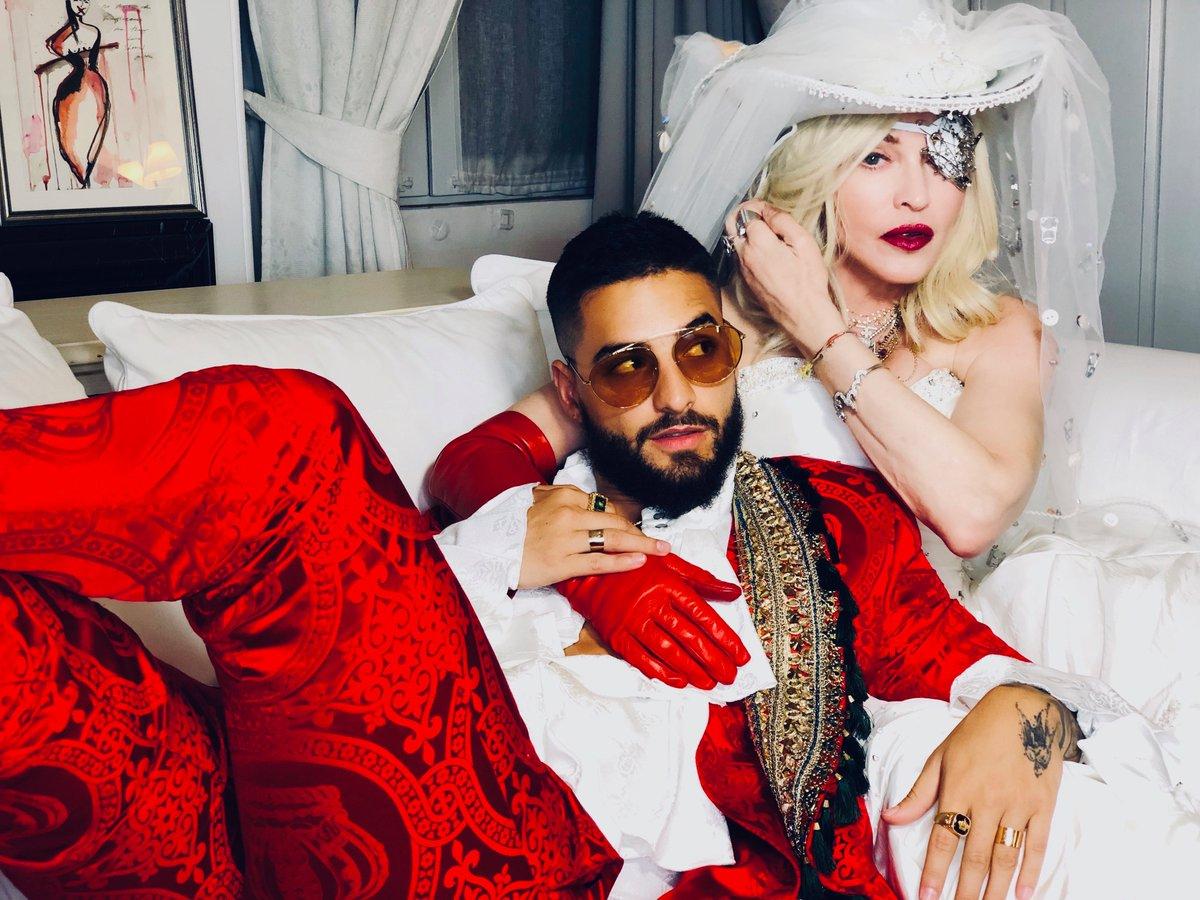 Мадонна вернулась на сцену с новой песней после 4-летнего молчания – ВИДЕО