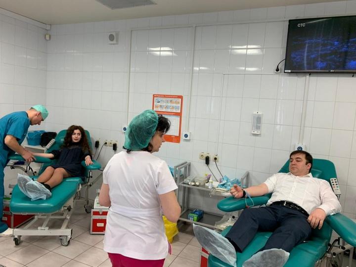 По инициативе Лейлы Алиевой в Москве состоялась благотворительная акция под названием «Кровь не имеет национальности» - ФОТО