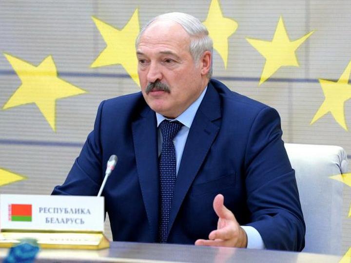 Лукашенко «навластвовался» и собрался изменить конституцию Беларуси