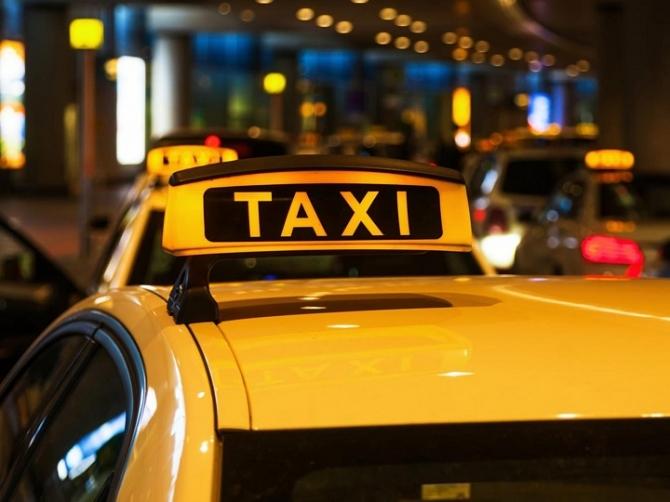 Дорожная полиция предупредила курящих таксистов и их пассажиров