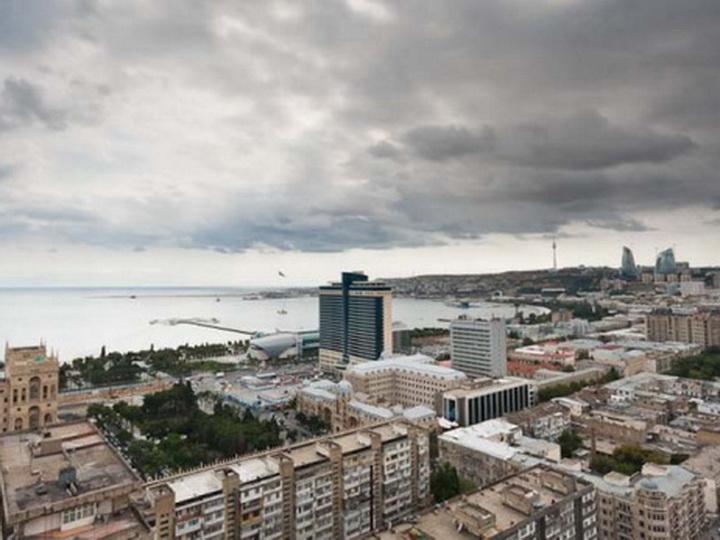 В понедельник в Баку ожидается дождь