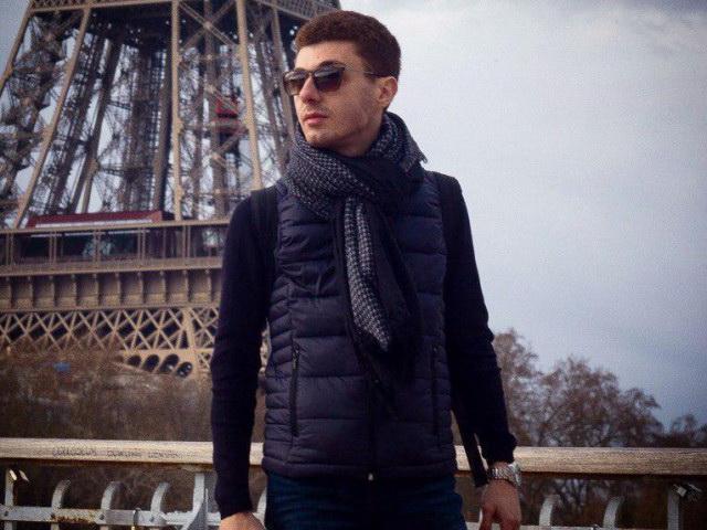 «Я зашью твои плечи к ушам»: В Москве за издевательства над 8-летней ученицей задержан репетитор-армянин - ВИДЕО