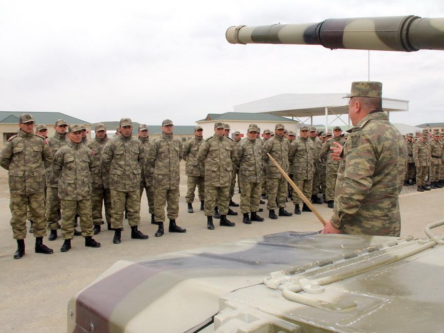 Проведен смотр вооружения, военной и специальной техники, которые будут применены на учениях - ВИДЕО - ФОТО
