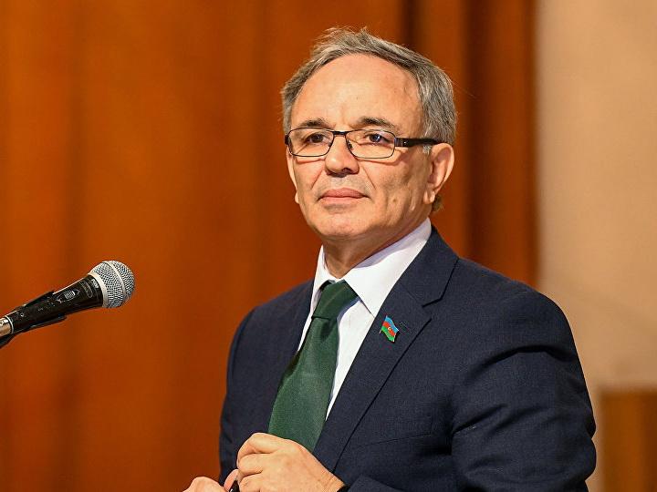 Глава Совета по прессе Афлатун Амашов отмечает день рождения