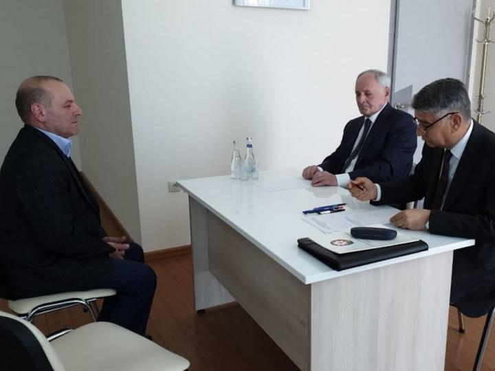 Министр здравоохранения принял в Шеки граждан из пяти районов - ФОТО