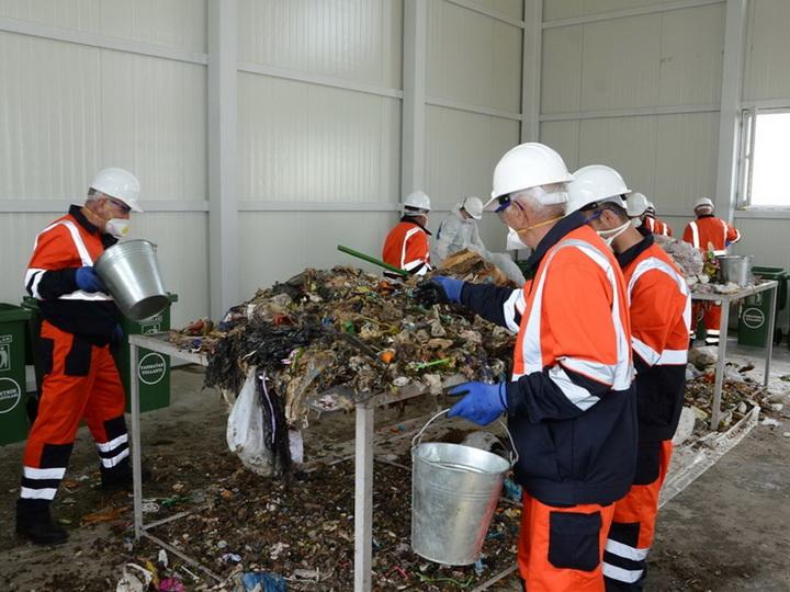 «Английский опыт»: ИВ Баку готовит проект по масштабной сортировке мусора – ФОТО