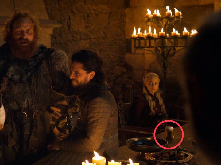 Канал HBO c юмором отреагировал на киноляп в последнем эпизоде «Игры престолов» - ФОТО