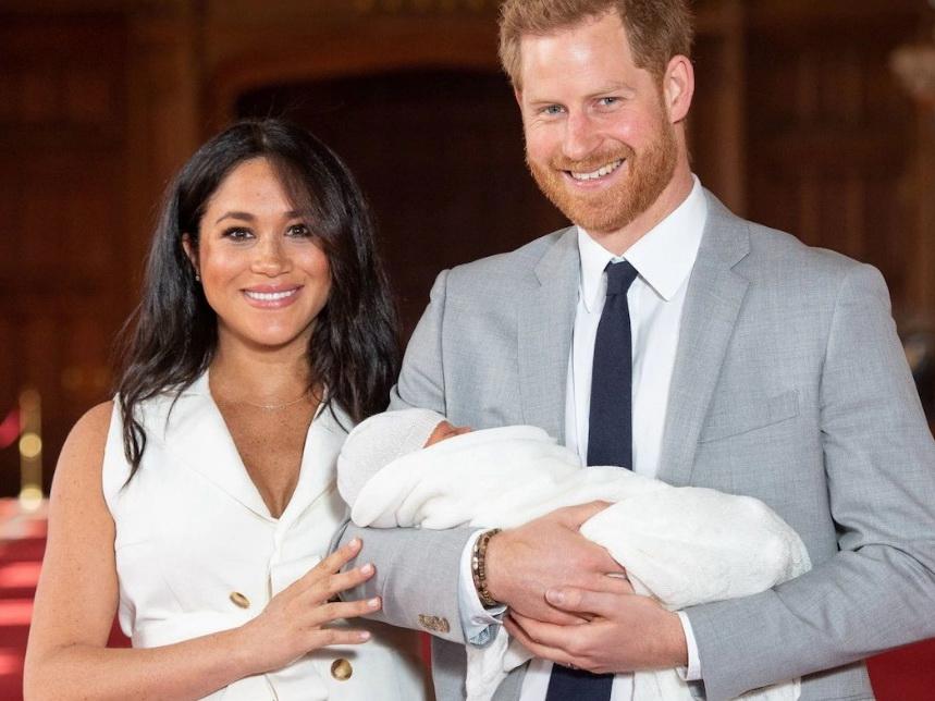 Меган Маркл и принц Гарри впервые показали новорожденного сына – ФОТО – ВИДЕО