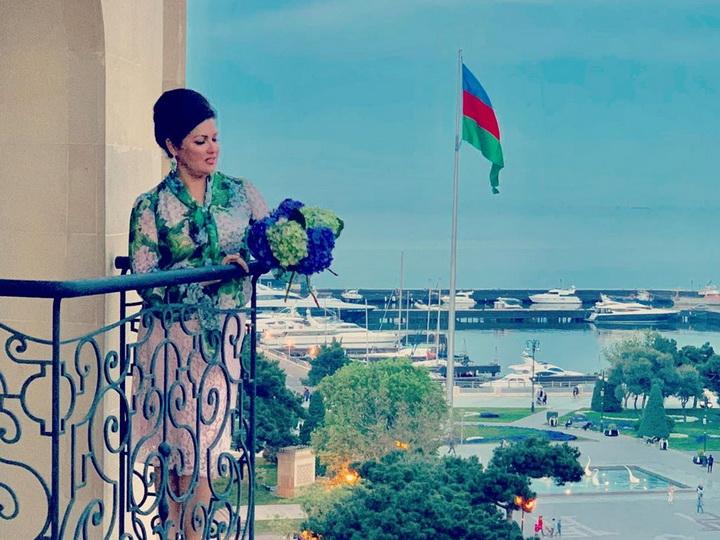 Анна Нетребко: «Баку роскошный красивый город» - ФОТО