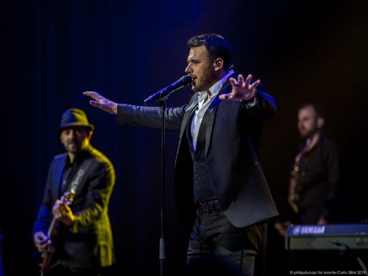 Монако аплодировал стоя EMIN'у, исполнившему песню «Синяя вечность» - ФОТО