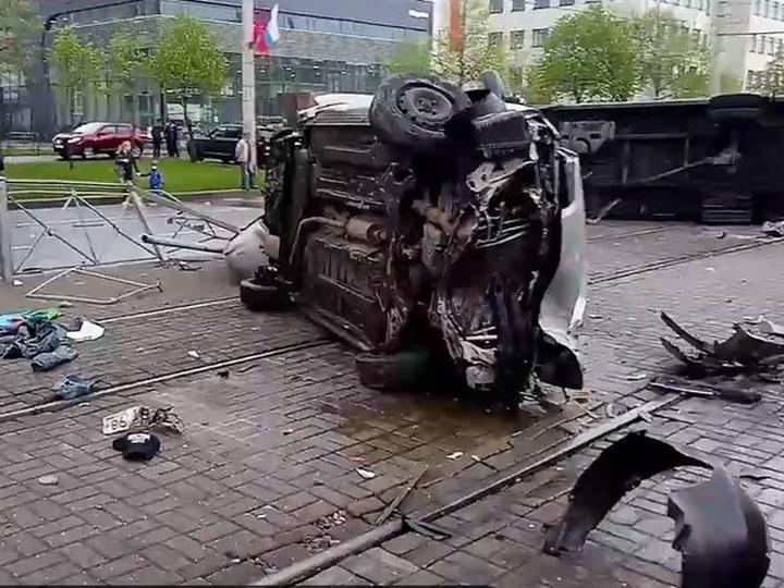 В Питере азербайджанец с девизом «Молодой — не думаю головой» спровоцировал аварию с летальным исходом – ФОТО – ВИДЕО