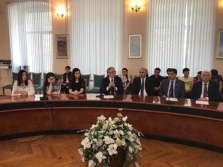 Азербайджан и Казахстан: Грани инклюзивного развития - ФОТО