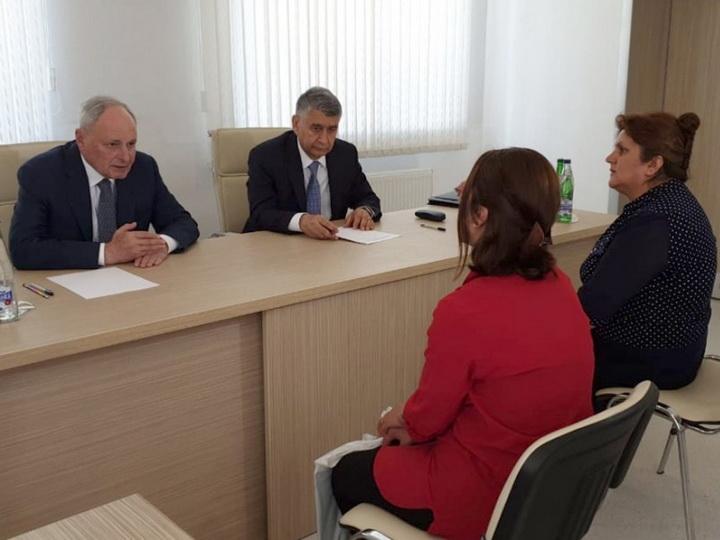 Министр здравоохранения принял в Исмаиллы граждан из пяти районов - ФОТО