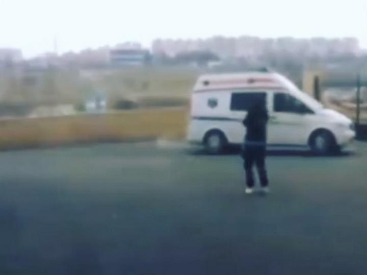 В Баку трагически погибла героиня резонансного видеоролика - ВИДЕО