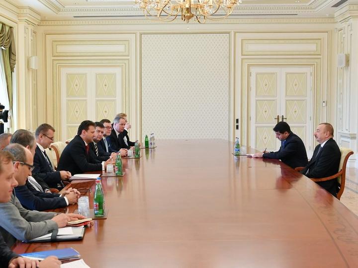 Президент Азербайджана принял делегацию парламента Чехии - ФОТО