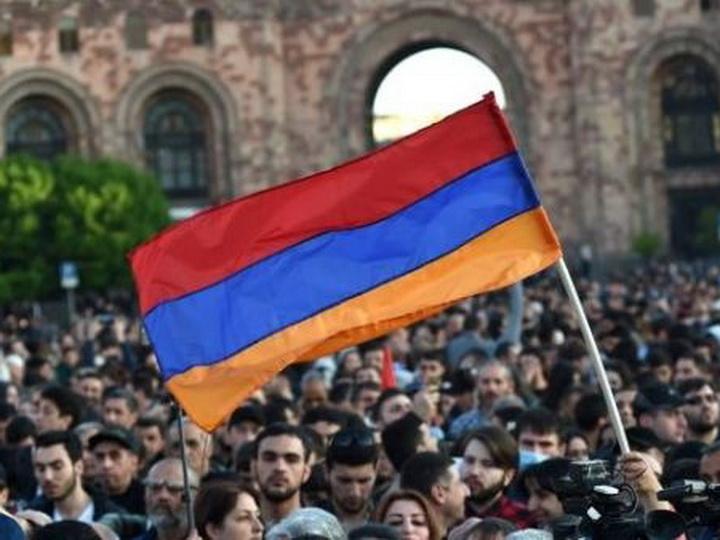 СМИ: На политическом поле Армении появится новая политическая сила