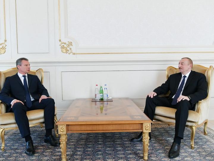 Президент Ильхам Алиев принял верительные грамоты новоназначенного посла Украины в Азербайджане - ФОТО