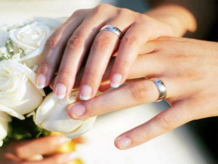 Количество заключенных браков в Азербайджане в 3,3 раза превысило число разводов