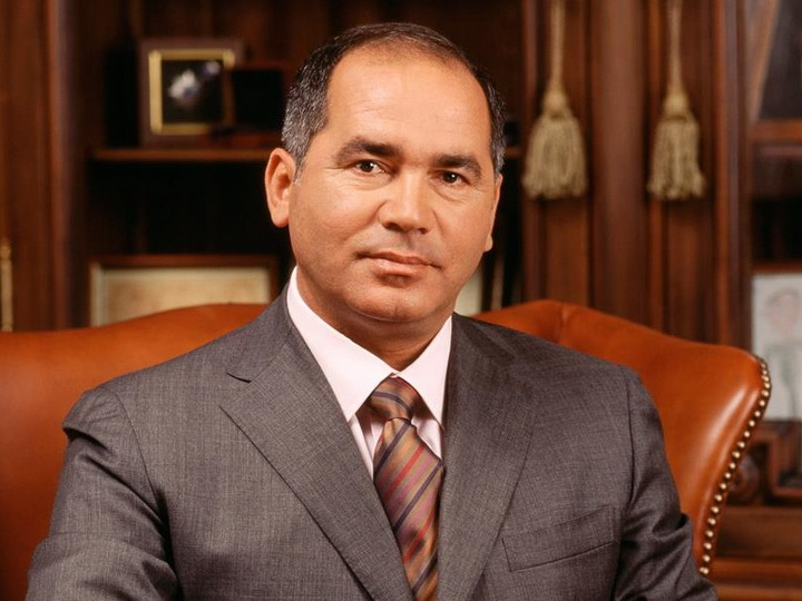 Фархад Ахмедов: «Мы не можем ждать вечно...»