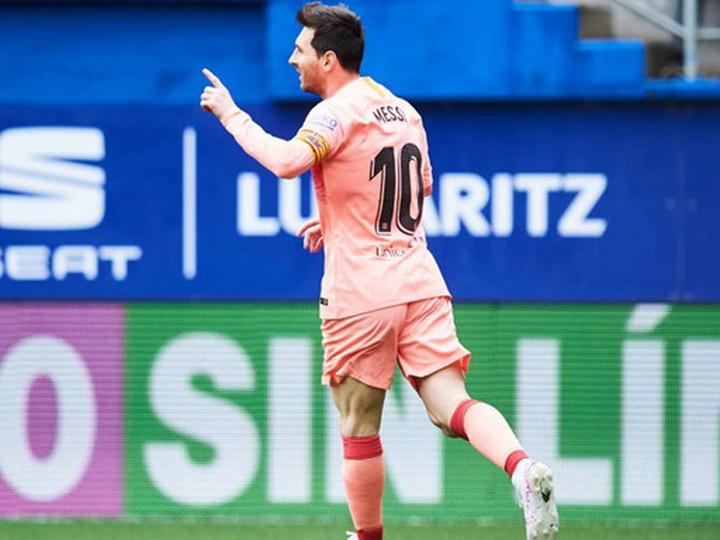 Месси стал лучшим бомбардиром чемпионата Испании в шестой раз - ВИДЕО
