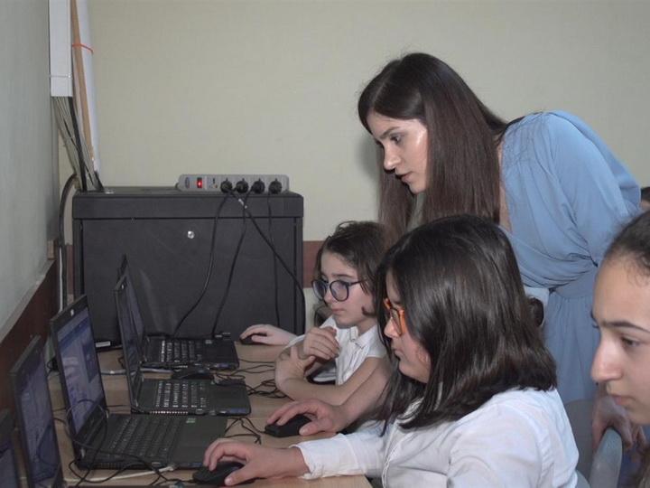 Азербайджанские школьники создают мультфильмы и игры: Урок «Информатика» теперь один из любимых в школах - ФОТО - ВИДЕО