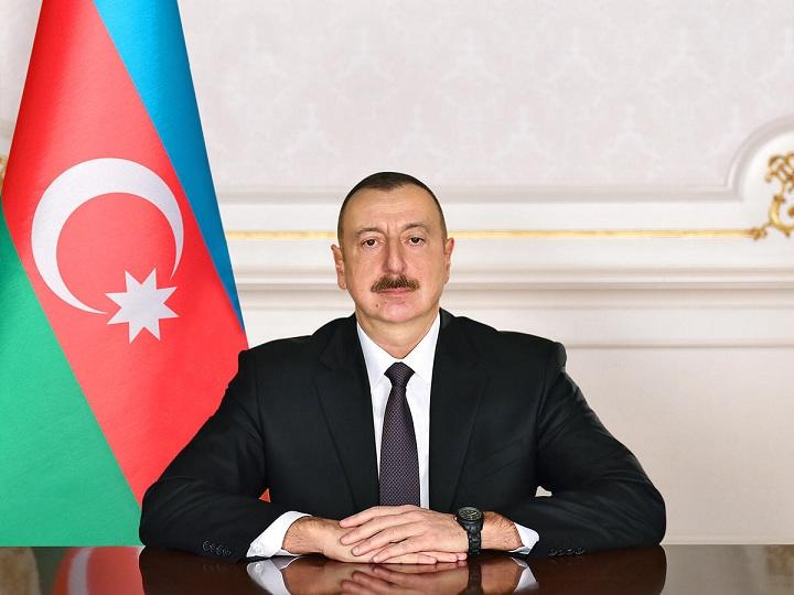 """Prezident Kürdəmirdə """"ASAN xidmət"""" mərkəzinin tikintisinin başa çatdırılması ilə bağlı sərəncam imzalayıb"""