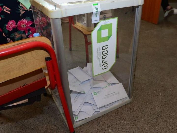 Второму туру быть - ЦИК Грузии подсчитал 100% голосов