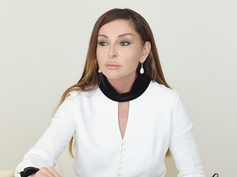 Mehriban Əliyeva Ramazan ayı münasibətilə Azərbaycan xalqına xoş arzularını çatdırıb – FOTO
