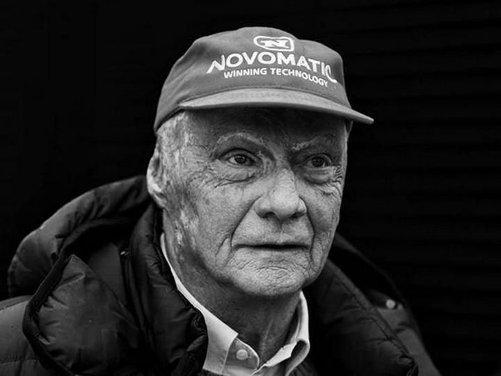 Умер трехкратный чемпион мира Ники Лауда